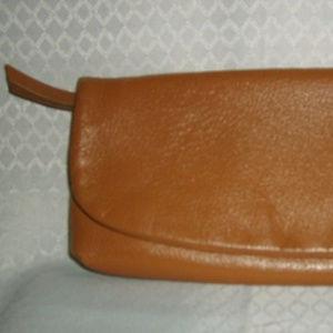 Vintage Clutch Heavy Leather Carmel